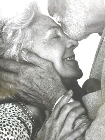 old-couple-madly-in-love