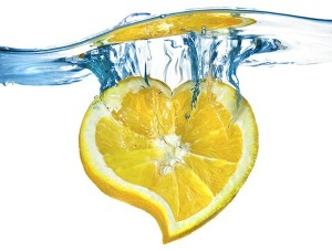 10-Reason-why-you-should-drink-lemon-water-2