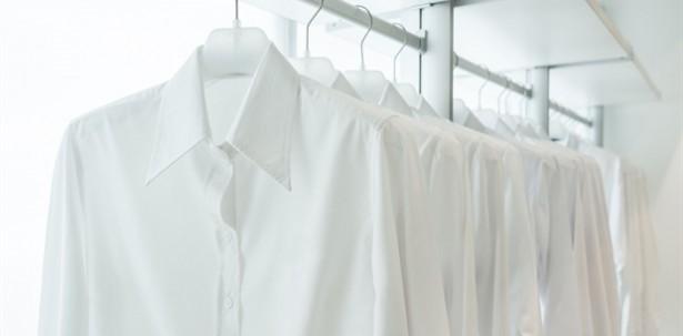 -media-5854-white-shirts-hanging.CACHE-620x305-crop
