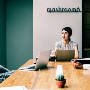 Business Women Online Reputation